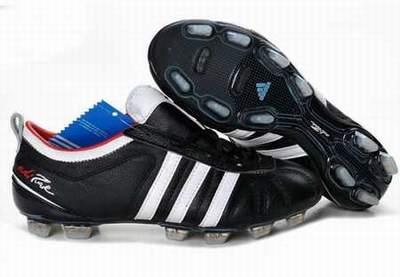 chaussures de foot a vendre pas cher chaussures de foot 37 basket chaussures de foot solde. Black Bedroom Furniture Sets. Home Design Ideas